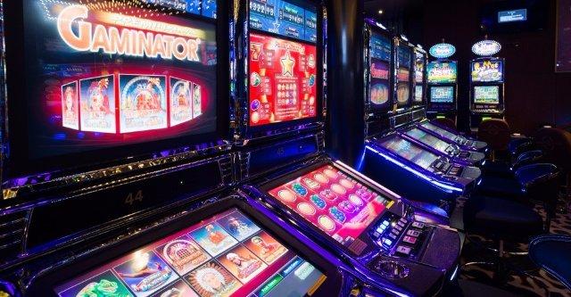 Большое разнообразие игровых аппаратов в клубе Вулкан Удачи