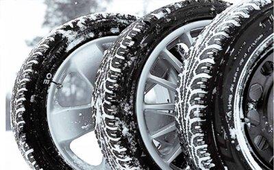 В России вступил в силу закон на запрет использования летних шин зимой