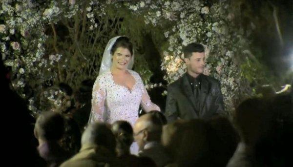 В Бразилии невеста чуть не разбилась на вертолёте, но повела любимого к алтарю