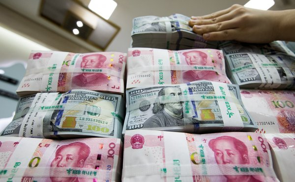 В Китае телеведущего оштрафовали на $13,5 млн за махинации на фондовом рынке