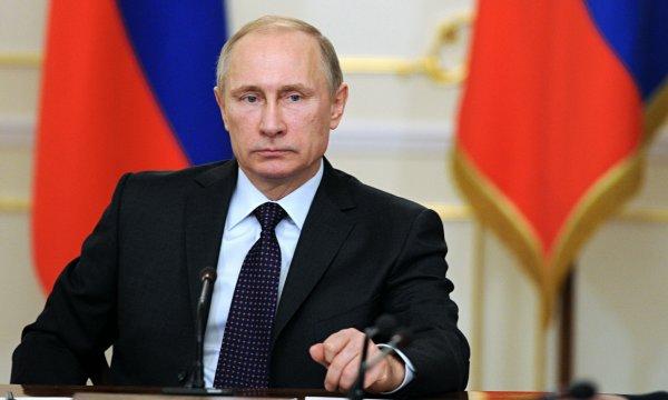 Путин призвал россиян не быть «огурцами в бочке»