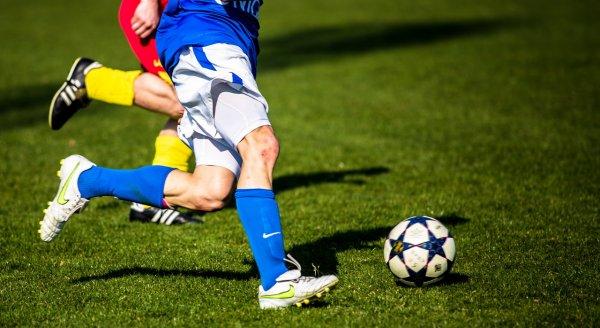 Депутат Бундестага намерен сыграть в футбол с депутатами Госдумы