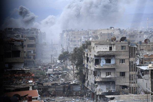 Израиль атаковал в Сирии десятки иранских военных объектов