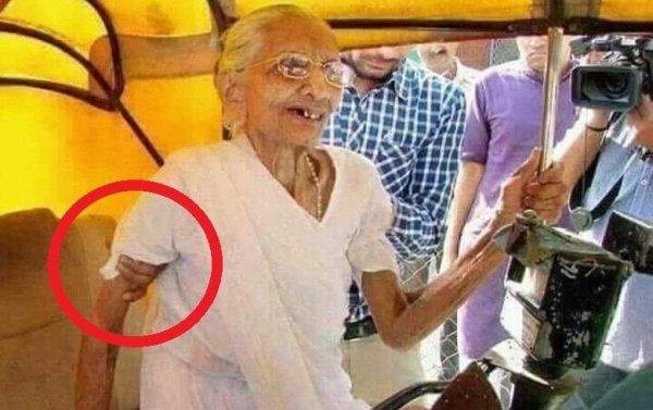 Рука призрака схватила мать известного чиновника из Индии
