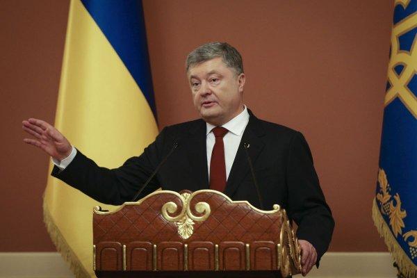 Порошенко наивно запугивает Россию новыми санциями