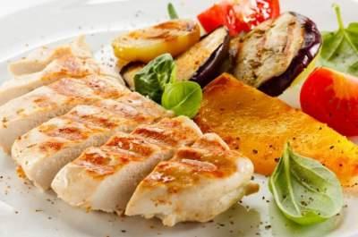 Названы лучшие идеи обедов для тех, кто хочет похудеть