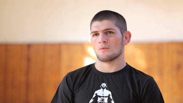 Нурмагомедов проведет еще три боя в UFC