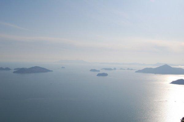 Япония заподозрила Южную Корею в незаконной перегрузке товаров на такеры КНДР