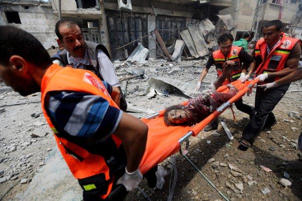 Более 50 палестинцев погибли в столкновении на границе сектора Газа