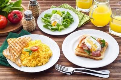 Названы самые полезные продукты для завтрака