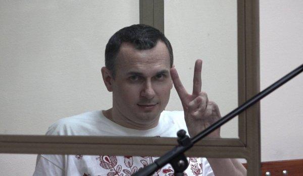 Режиссер-арестант Сенцов объявил голодовку ради украинских политзаключенных