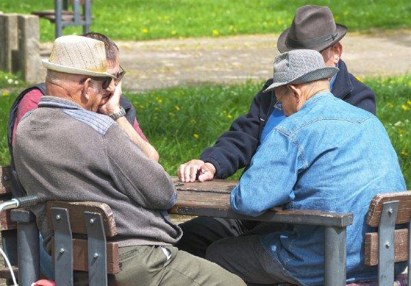 В России менее 20% пенсионеров ведут здоровый образ жизни
