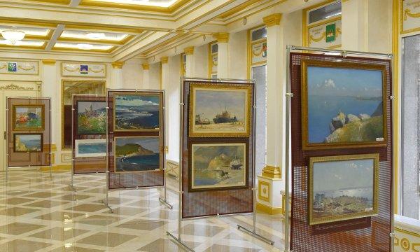 В Брянске открылась выставка, посвященная Крымскому мосту