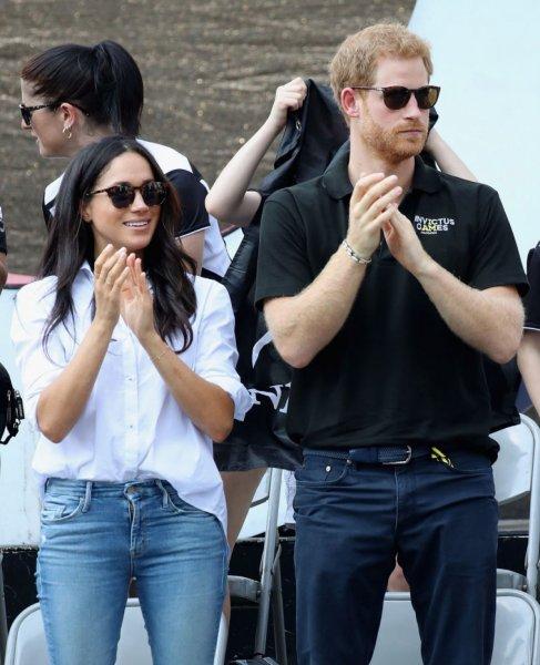 Кенсингтонский дворец сообщил, какими будут обручальные кольца принца Гарри и Меган Маркл