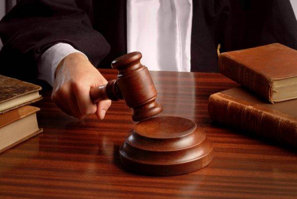 В США родители через суд выгоняют 30-летнего сына