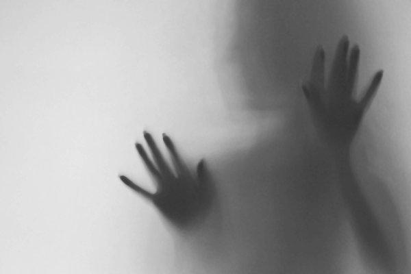 В Сербии девушку пыталось домогаться приведение