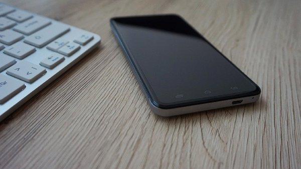 Bloomberg: Sony может покинуть рынок смартфонов