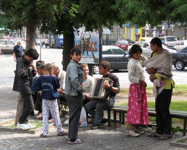 Россию обвинили в нападениях на цыган на Украине