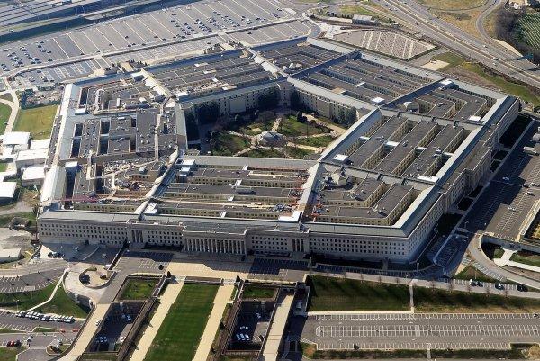 Бюджет для Пентагона составил более 700 миллиардов долларов
