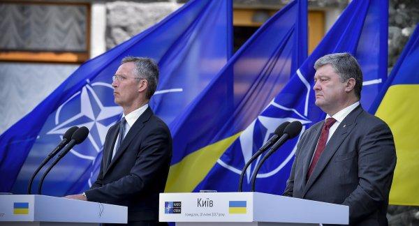 Венгрия настаивает на пересмотре программы поддержки Украины в НАТО