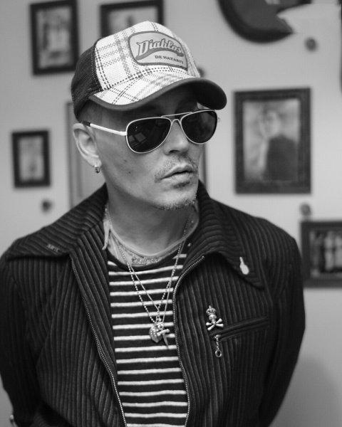 Hollywood Vampires уже в Москве: Джонни Депп сходил в Музей Маяковского в столице