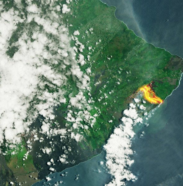 Извержение вулкана Килауза на Гавайах показали из космоса