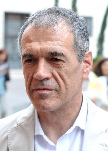 Президент Италии предложил сформировать правительство экономисту Коттарелли