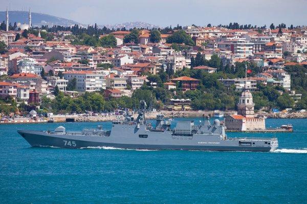 Черноморский флот отправится в Сочи для отражения атак с моря во время ЧМ-2018
