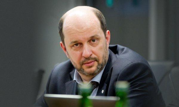 Клименко: В России может быть ограничена работа Microsoft