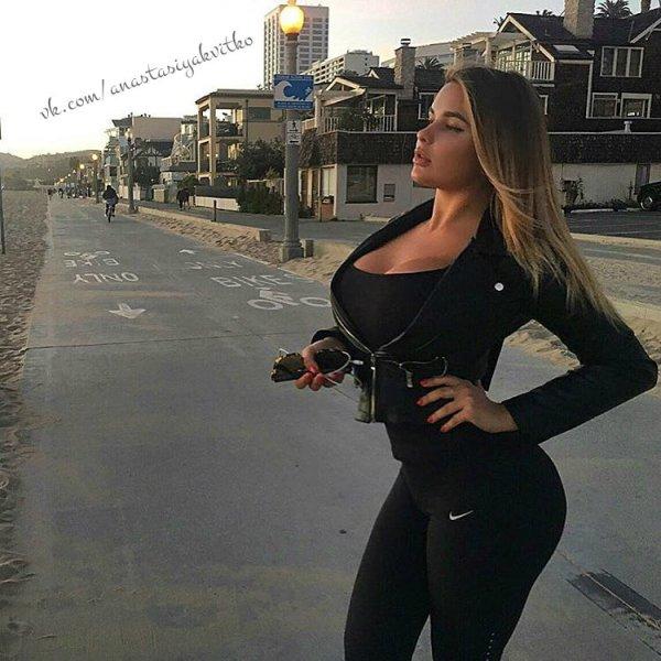 Девушка из Калининграда затмила саму Ким Кардашьян
