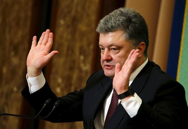 «Дядя Петя, ты дурак»: Украинцы потешаются над новым мемом про Порошенко
