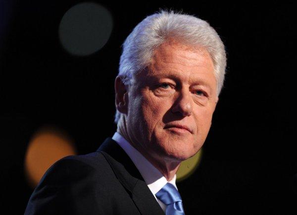 Клинтон отказался приносить извинения Левински из-за секс-скандала