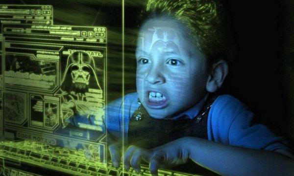 Эксперты: Игры и соцсети развращают детей