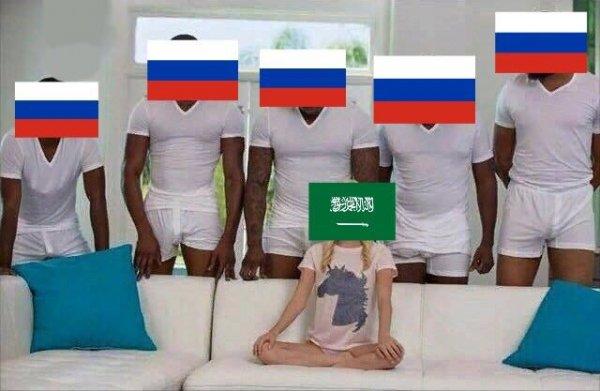 Первый пошел:  Пользователи растащили победу российской сборной на мемы