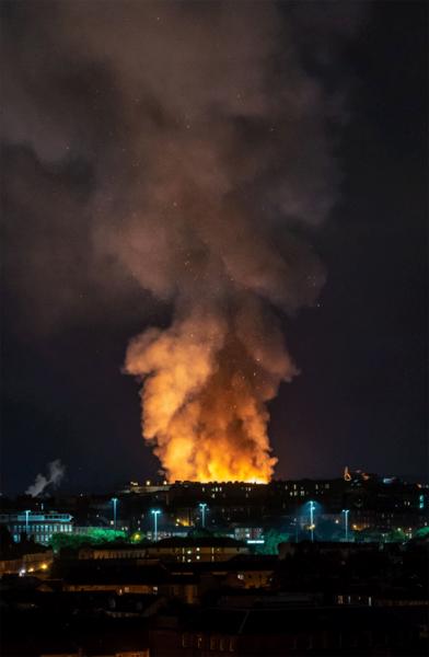 Спасатели локализовали крупный пожар в Школе искусств в Глазго