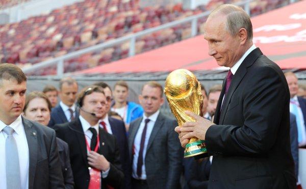 Плотный график не позволяет Путину посещать матчи ЧМ-2018