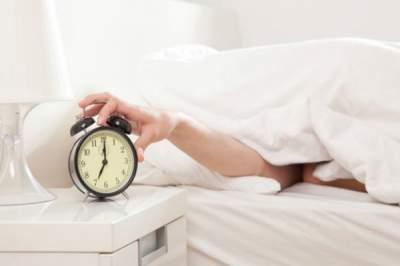 Ученые объяснили, почему вредно долго спать