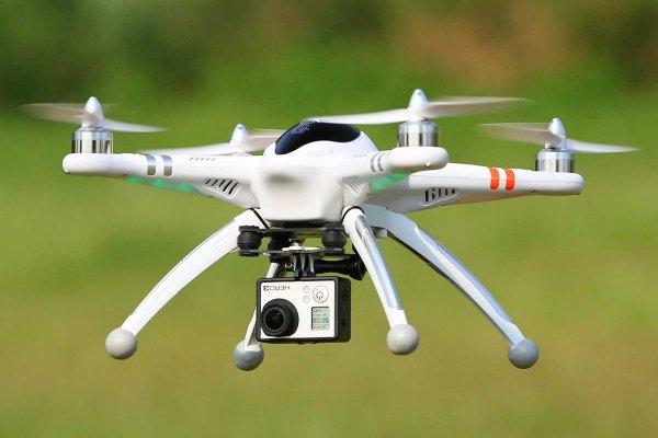 Японские робототехники создали дрон, способный менять свою форму во время полета