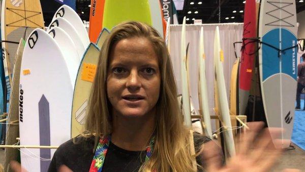 Женщина первой в мире на доске для серфинга переплыла залив между США и Кубой