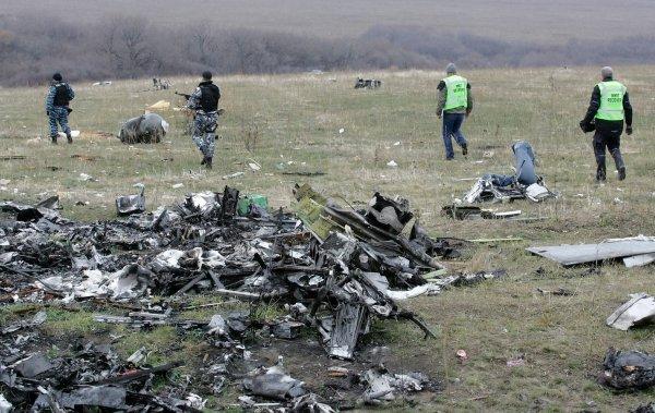 Евросоюз призвал РФ признать ответственность за сбитый над Донецком МН17