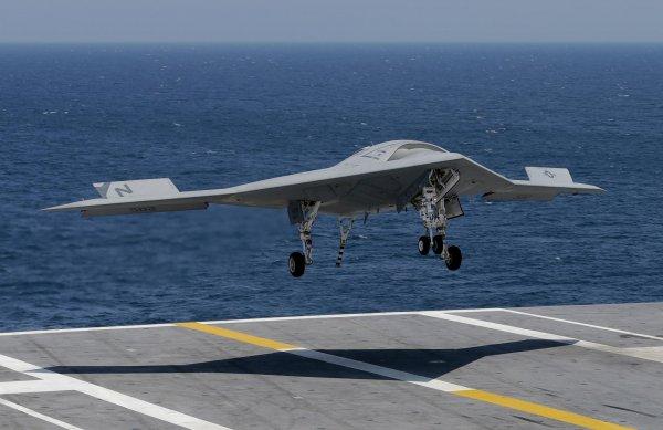 Lockheed Martin испытали систему управления дронами на авианосце