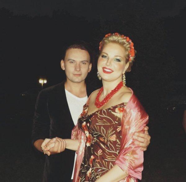 Беглянка Максакова удивила фанатов тем, как сильно располнела