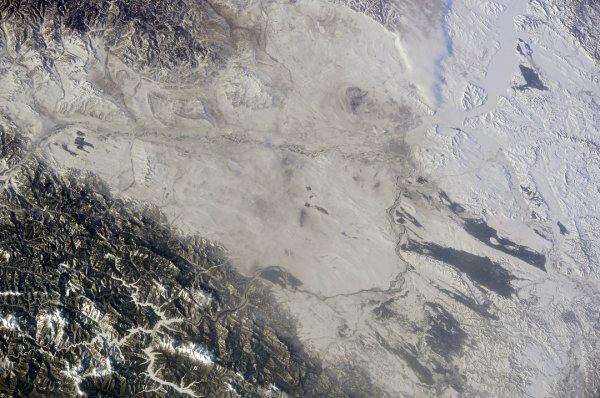 Российский космонавт показал последствия засухи на Енисее