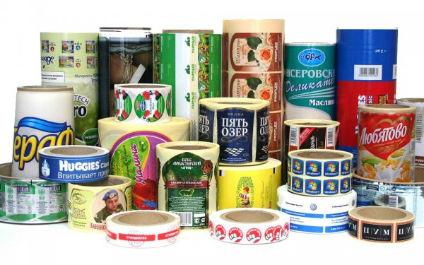 Нюансы изготовления рекламной продукции в компании: этикетки и наклейки
